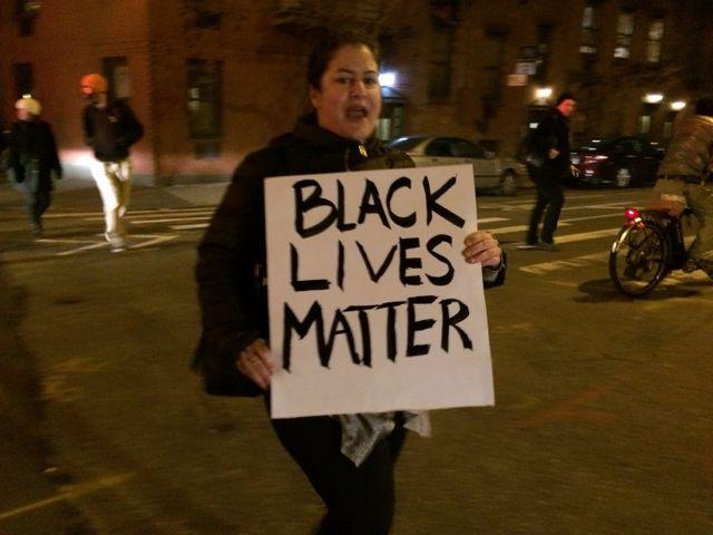 "woman protestor ""Black Lives Matter"""